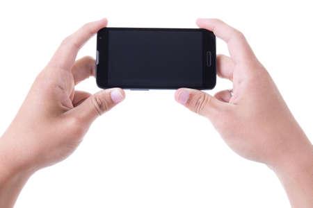 dva: ruce drží mobilní chytrý telefon s prázdnou obrazovkou na bílém pozadí