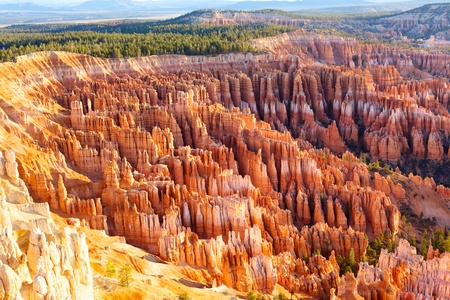 bryce: Amphitheater from Inspiration Point at sunrise, Bryce Canyon National Park, Utah, USA