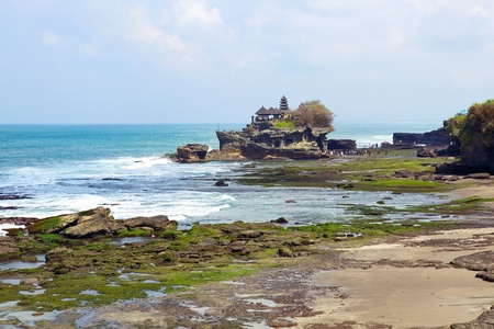 Tanah Lot temple. Bali island, indonesia photo