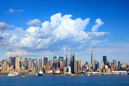 Manhattan skyline with Empire State Building over Hudson River, New York Stock Photo