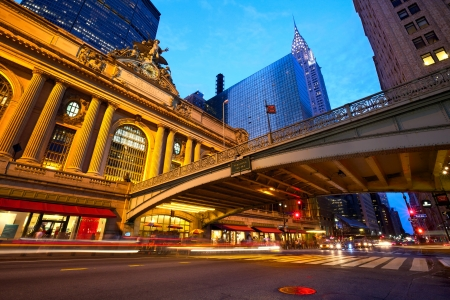 taxi famous building: Grand Central along 42nd Street at dusk, New York City Stock Photo