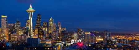 seattle: Seattle skyline panorama with Space Needle at dusk, WA, USA
