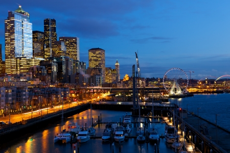seattle: Seattle skyline, waterfront and Great Wheel at dusk, WA