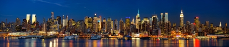 midtown: Manhattan Midtown skyline panorama at dusk, New York City Stock Photo