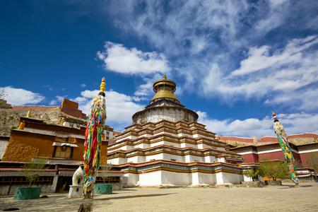 Kumbum Stupa ( Bodhi Pagoda ) in Palkor Chode monastery, Gyangze, Tibet Stok Fotoğraf