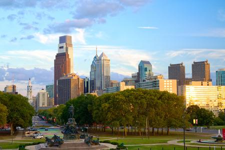 Horizon van Philadelphia bij zonsondergang, Pennsylvania, Verenigde Staten