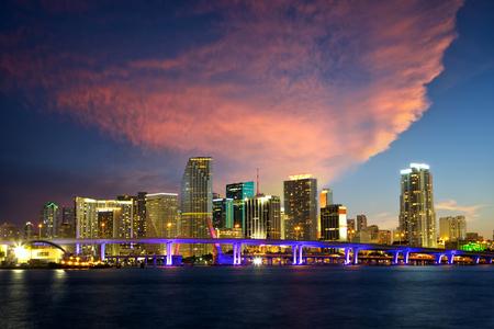 downtown: Downtown Miami skyline at dusk, Florida, US