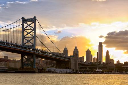 ben franklin: Philadelphia skyline and Ben Franklin Bridge at sunset, United States Stock Photo