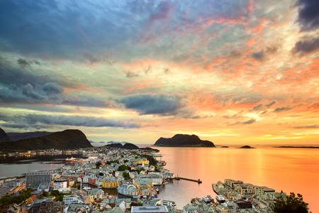 Cityscape of Alesund at sunset, Norway Banco de Imagens
