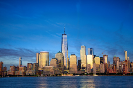 New York City Manhattan skyline with modern skyscrapers at dusk 스톡 콘텐츠