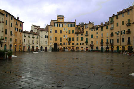 lucca: Lucca Italy Piazza