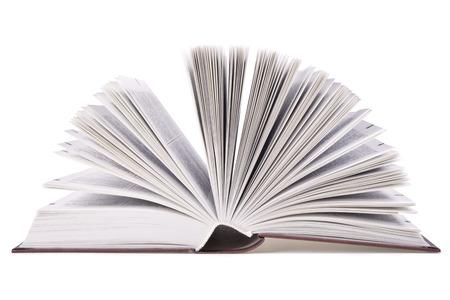 Open boek geïsoleerd op wit
