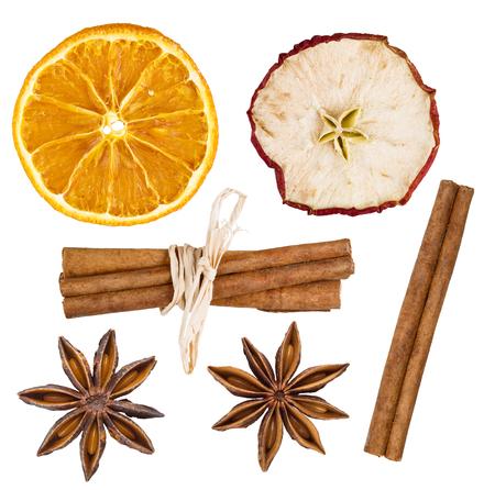 naranja: Primer plano de ingredientes de especias aisladas sobre fondo blanco Foto de archivo