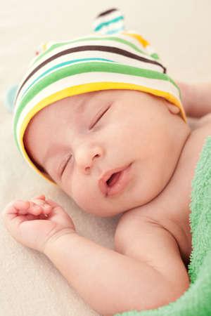 0 1 months: Baby
