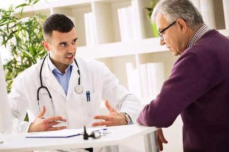 explains: Doctor explains to sick patient about healthy