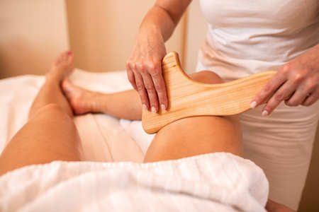 Wooden tools therapeutically applied in a body massage, maderotherapy Imagens