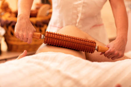 Massage with a wooden massage roller is relaxing and releases stress, therefore helps to activate positive energy