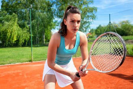 Correct body technique for serve receiving in tennis, concept of tennis