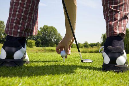 competitividad: Club de golf: golf en la organizaci�n de la pelota el tee