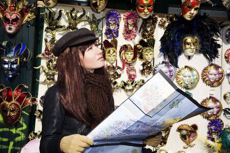 vacancier: attractions touristiques: cette fille a perdu � Venise
