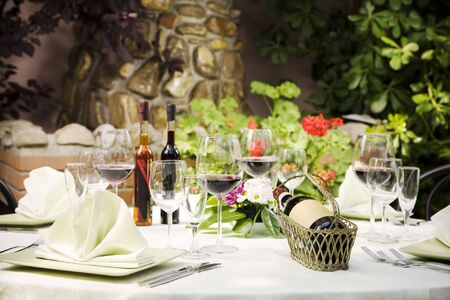 outdoor restaurant: Outdoor restaurant table setting, copy space