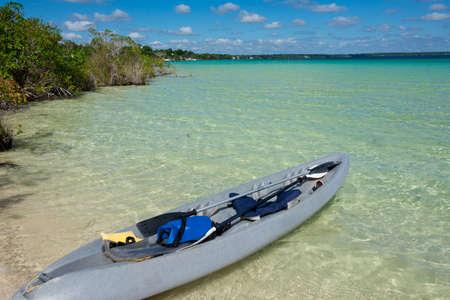 roo: Bacalar Lake at Riviera MAya, Quinatana Roo. Kayak Tour.