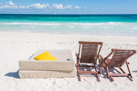 Chill and relax at Tulum beach. Traveling through caribbean, Maxican coast. Standard-Bild