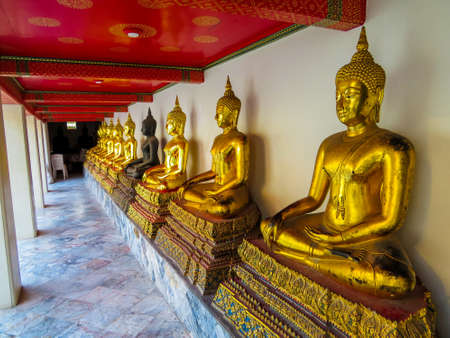 Buddha statues in the Wat Pho, Bangkok, Thailand Stock fotó - 151144097