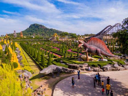 PATTAYA, THAILAND - JANUARY 2, 2019: Dinosaur Valley in Nong Nooch Tropical Botanical Garden. Éditoriale
