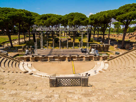 Roman Theater, Ancient Archaeological site of Ostia Antica in Rome, Italy Éditoriale