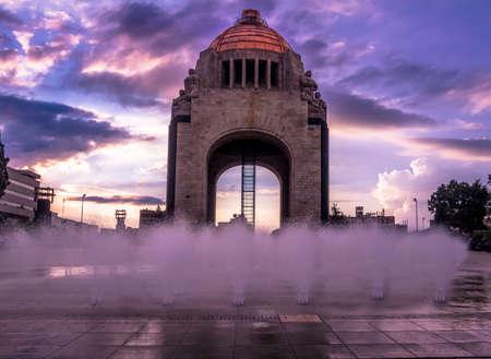 Monument voor de Mexicaanse revolutie (Monumento a la Revolucion) - Mexico-stad, Mexico Stockfoto
