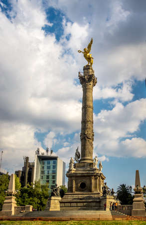 angel de la independencia: Angel of Independence Monument - Mexico City, Mexico
