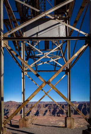 tramway: Abandoned cable aerial tramway of mine at Guano Point - Grand Canyon West Rim, Arizona, USA