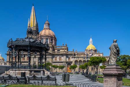 과달라하라 성당 - 과달라하라, 할리 스코, 멕시코 스톡 콘텐츠