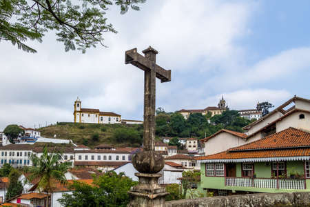 senhora: Ponte de Antonio Dias (Antonio Dias Bridge) and Merces de Baixo Church - Ouro Preto, Minas Gerais, Brazil Stock Photo