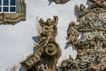 Gevel Detail van Sao Francisco de Assis Kerk - Sao Joao Del Rei, Minas Gerais, Brazilië Stockfoto