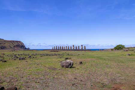 rapanui: Estatuas Moai de Ahu Tongariki - Isla de Pascua, Chile