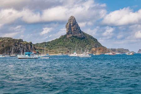 View of Fernando de Noronha Island and Morro do Pico - Fernando de Noronha, Pernambuco, Brazil Stok Fotoğraf