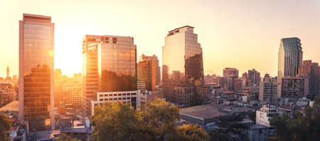 Modern buildings in dowtown Santiago at sunset - Santiago, Chile Banque d'images