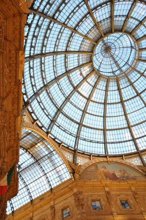 vittorio emanuele: Galleria Vittorio Emanuele II glass dome