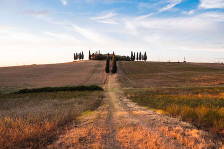 San Qurico d'Orcia, Italy - August 18 2020: Villa Poggio Manzuoli or Gladiator House in Val d'Orcia, Tuscany at Sunset in the Evening Redakční