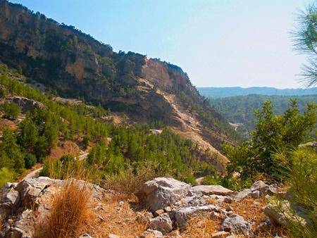 Oymapinar Dam look for rocks Reklamní fotografie