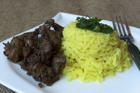 Chicken Livers rice with curry detail