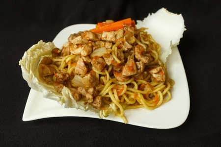 Chinese noodle chicken meat with vegetables Reklamní fotografie