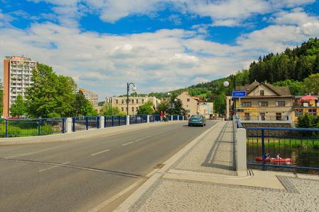 Nový most přes řeku Jizeru v Železném Brodě Reklamní fotografie - 59392008