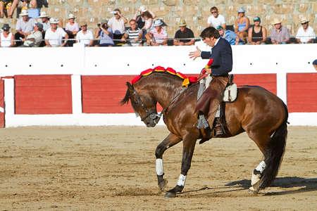 braveness: Diego Ventura, bullfighter on horseback spanish, Linares, Jaen province, Spain, 28 august 2010 Editorial