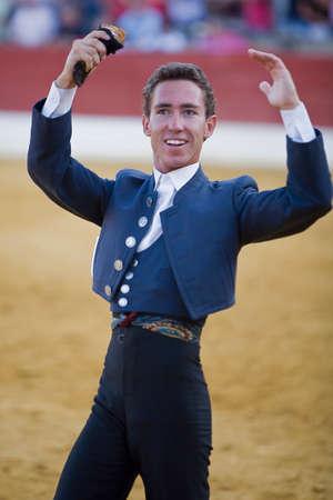 braveness: Leonardo Hernandez, bullfighter on horseback spanish, Baeza, Jaen province, Spain, 14 august 2009 Editorial