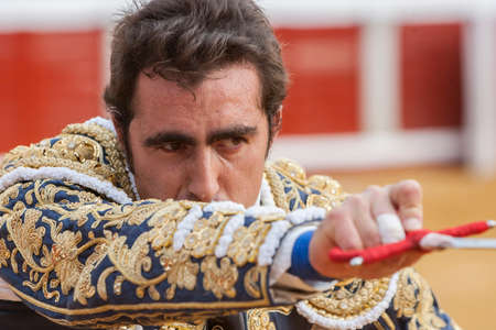 david fandila: Pozoblanco, Spain - September 23, 2010: The Spanish Bullfighter David Fandila El Fandi preparing to enter to kill the bull in the Bullring of Pozoblanco, Spain Editorial
