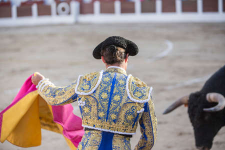 el fandi: Linares, Spain - August 28, 2014: The Spanish Bullfighter El Fandi bullfighting with the crutch in the Bullring of Linares, Spain