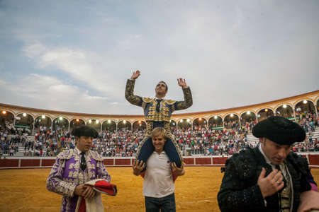 el fandi: Pozoblanco, Spain - September 23, 2011: The Spanish Bullfighter David Fandila El Fandi Exits to shoulders after having a great triumph in the bullring of Pozoblanco, Spain Editorial
